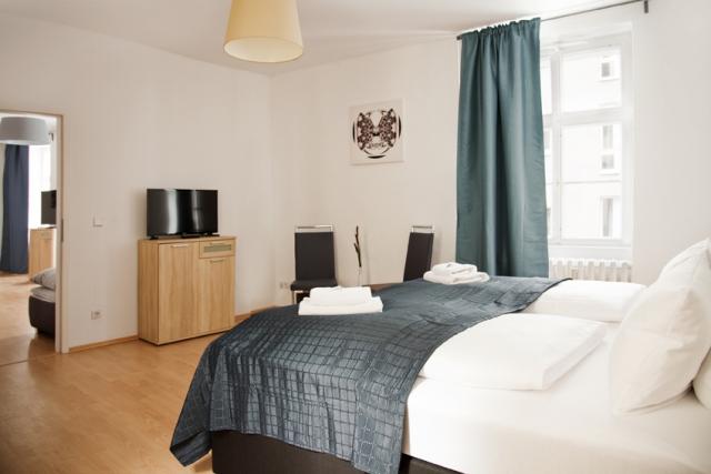 Große Zimmer ruhige Lage in Berlin Mitte Apartment